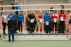 Siegerehrung 60m U18 mit Luisa Manegold und Guely Batantou