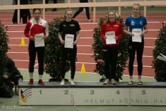 Siegerehrung Weitsprung U18 mit Maja Huesmann und Ida Schwering